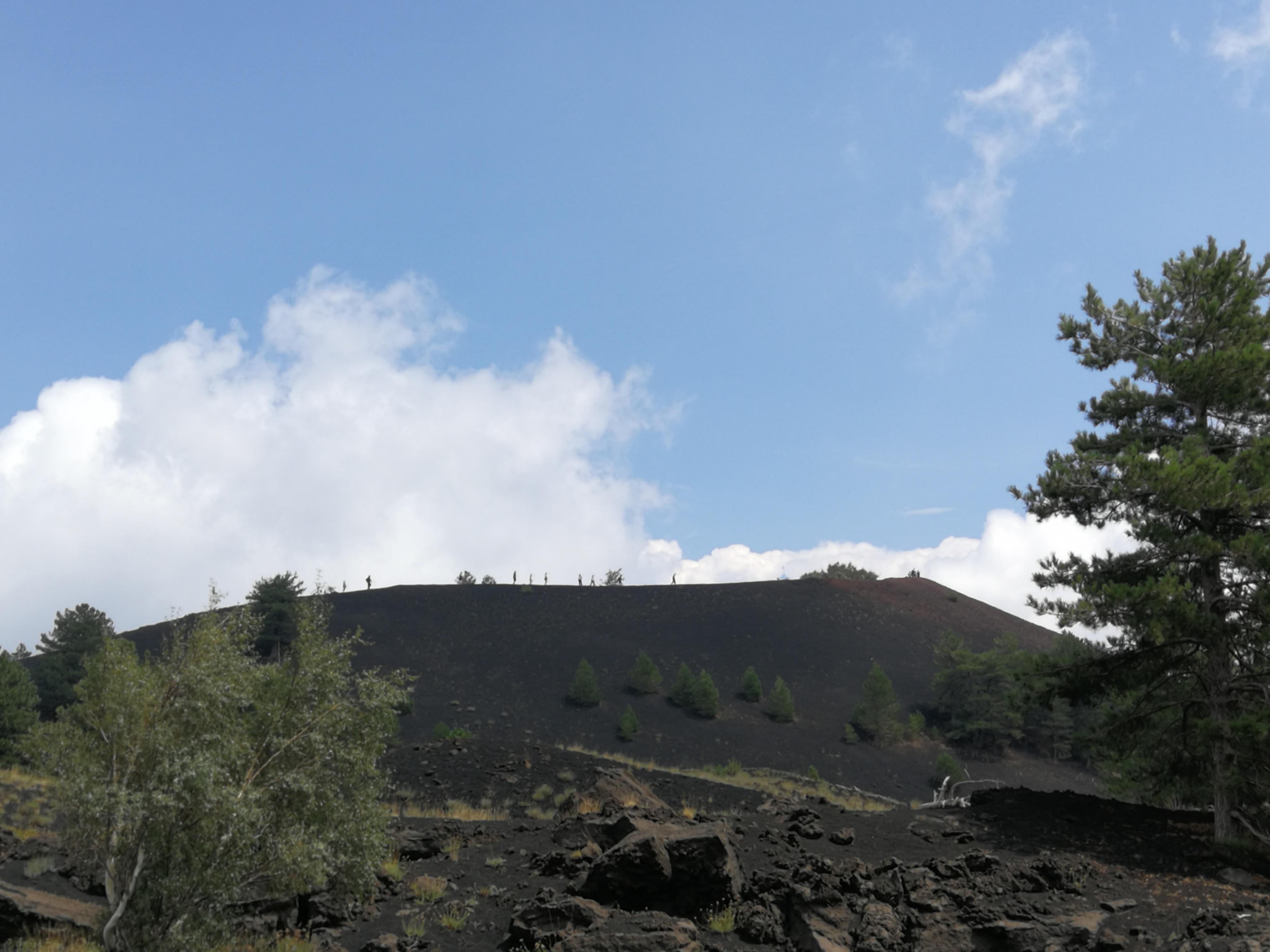 Senderismo Etna norte 2000 metros